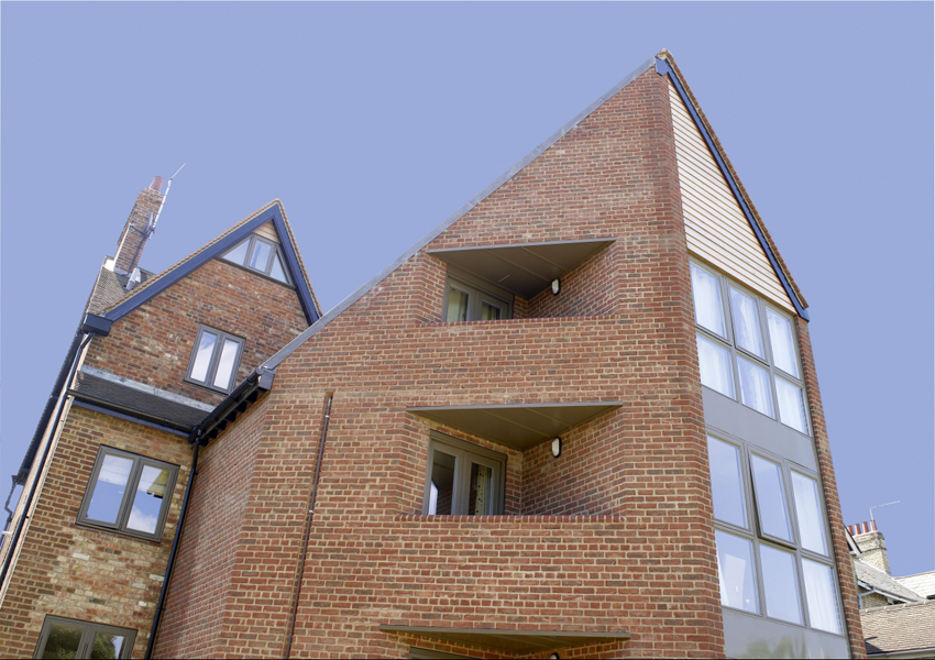 Проект: 197-199 Iffley Road / Архитектор: Riach Architects / Кирпич: Ibstock Brick Bradgate Claret & Special