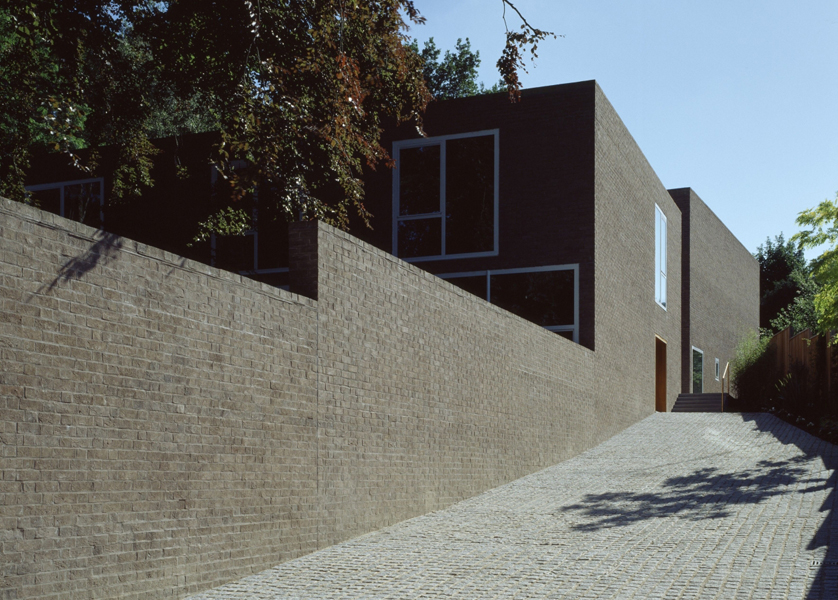 Проект: Brick Leaf House / Архитектор: Woolf Architects / Кирпич: Coleford Brick & Tile